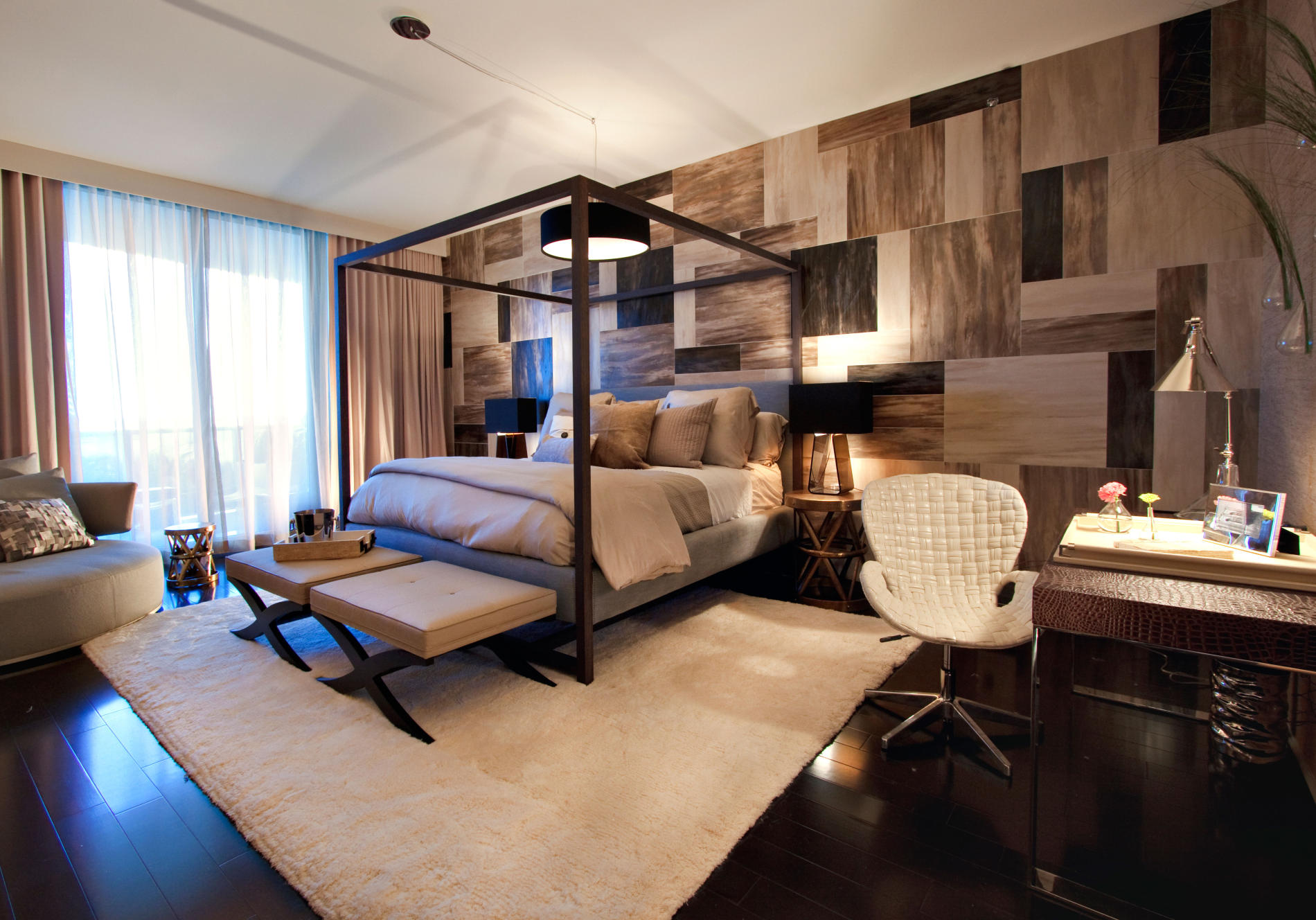 запоминающийся дизайн интерьера спальни.jpg