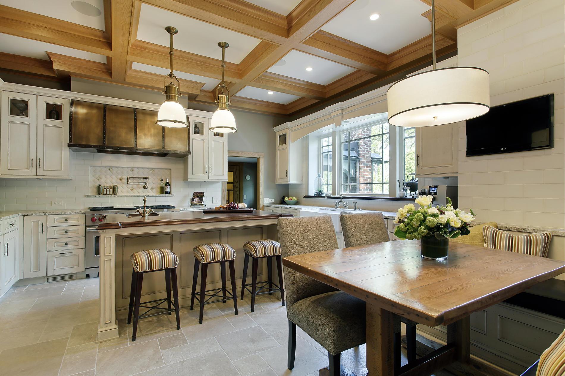 дизайн интерьера загородного дома кухня.jpg