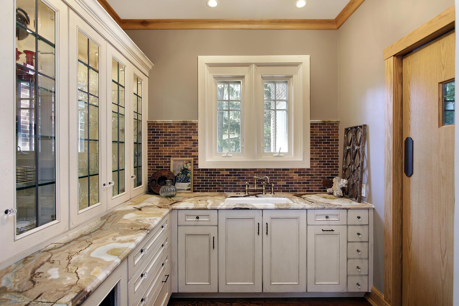 дизайн интерьера загородного дома ванная.jpg