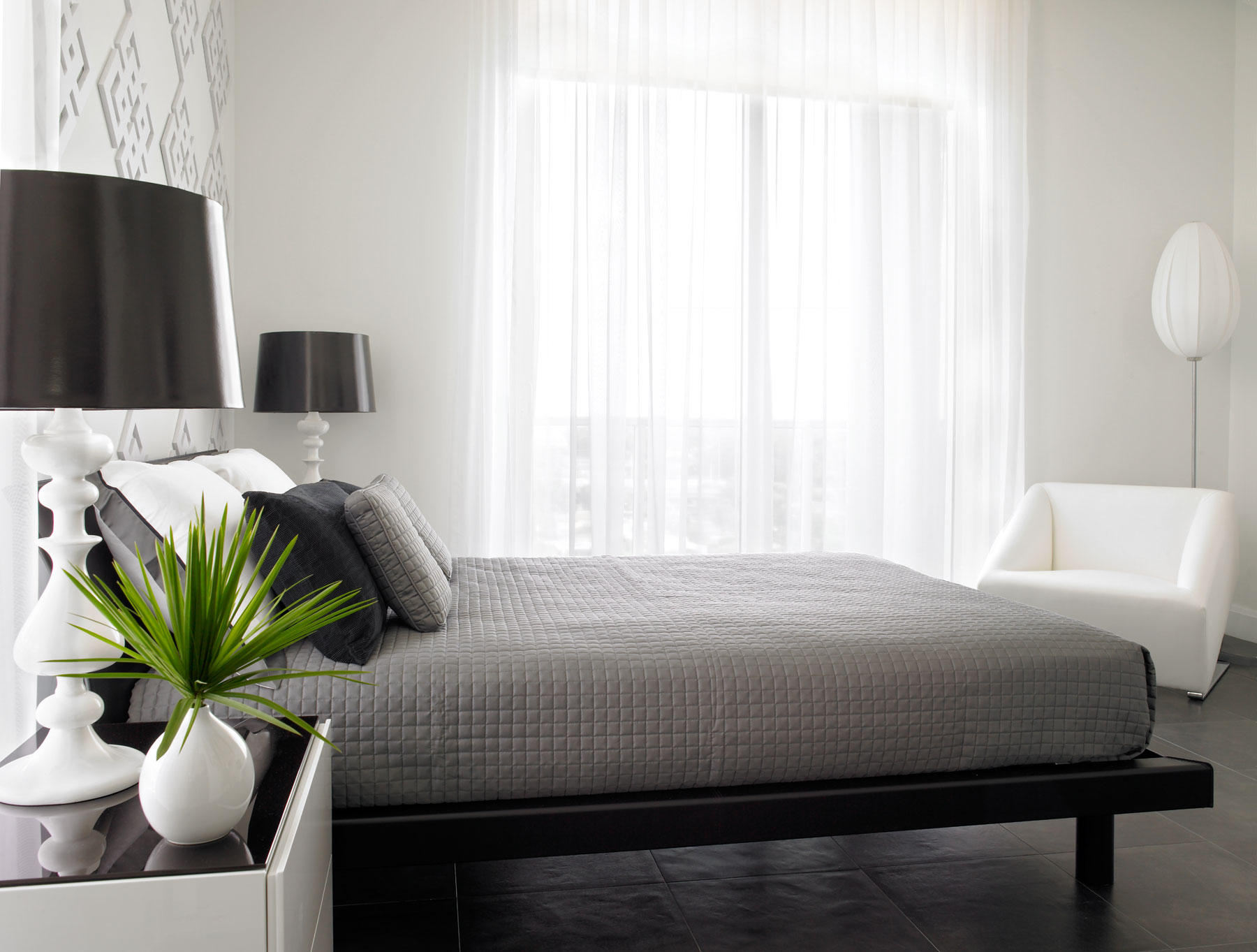 дизайн интерьера современной спальни.jpg