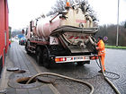 Emptying_of_a_tank_full_with_sewage_by_v