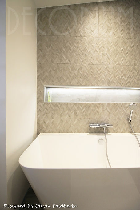 niche baignoire semi ilot Decorium Olivia Faidherbe architecte d'intérieur.jpg