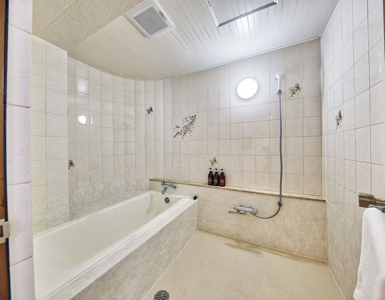 Double Room 浴室