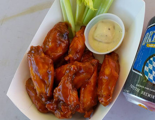 The return of Tuesday Nite Wing Thing!