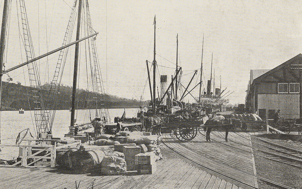 Cargo on the newly completed Kings Wharf in 1918 (Weekly Courier image)