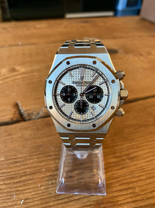NEW - Audemars Piguet - Royal Oak Chronograph Panda - 26331