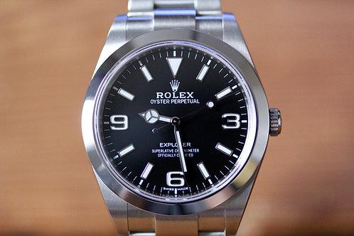 Rolex Explorer 214270 - Lume Dial