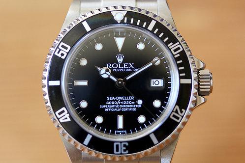 Rolex SeaDweller - 16600