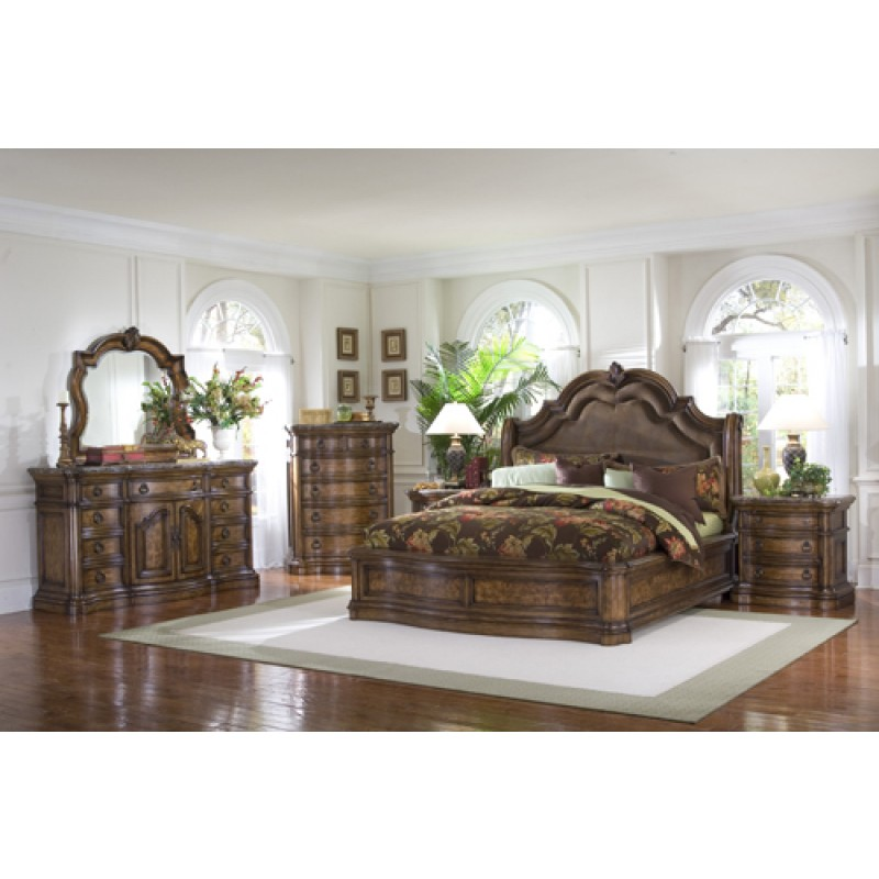Pulaski San Mateo Queen Sleigh Bed $1,668.20