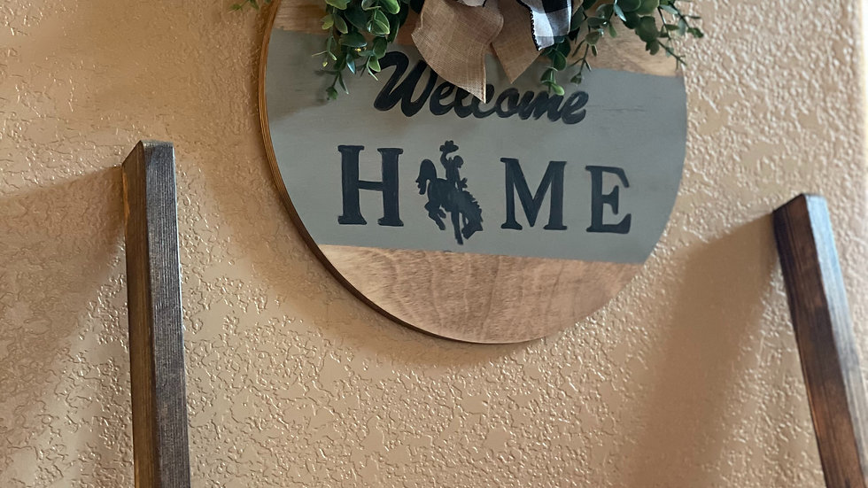 Welcome Home Round Sign