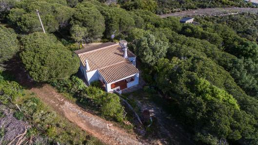 Terreno Praia da Ingrina - Luis Costa Century21