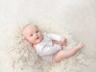 5. baby photographer newborn pics posie