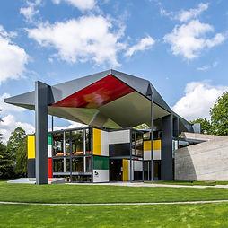 pavilion-le-corbusier-reopens-zurich-pho