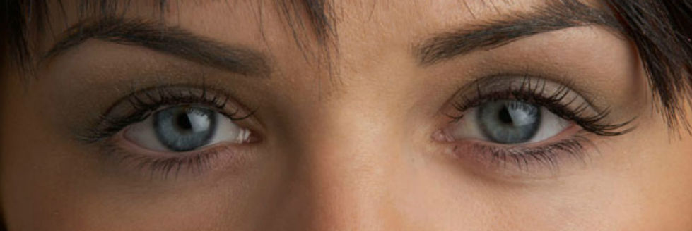 Alexandra Hollands eyelash extensions