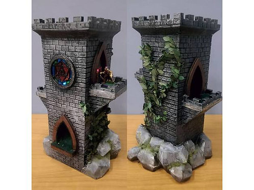 Deluxe dice tower by Aenthralled