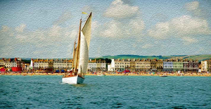 Old Gaffer Cirrus off Weymouth Beach