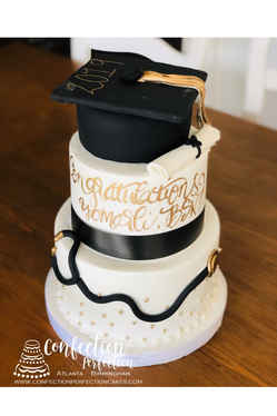 Medical School Graduation Cake with Cap, Diploma & Stethescope GR-128