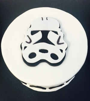 Star Wars Cake. Order this custom cake online.