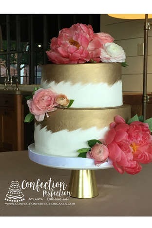 Gold Brushed Buttercream Cake FB-157