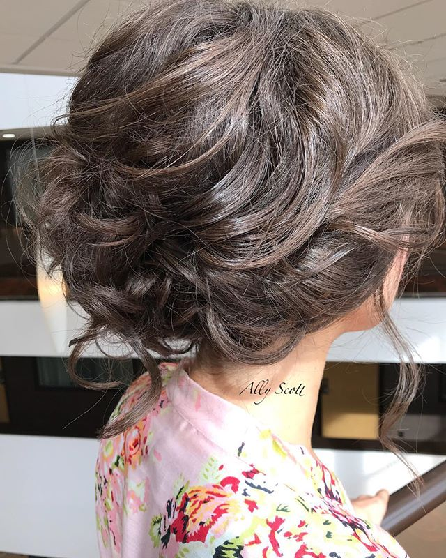 The undone updo ._._._