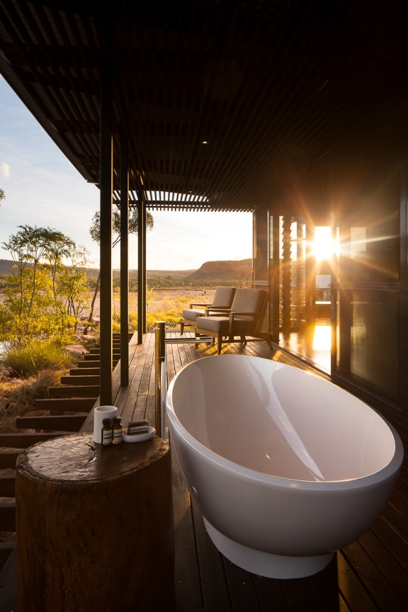 El-Questro-Homestead_The-Kimberley_Bath-Deck-Sunset.jpg
