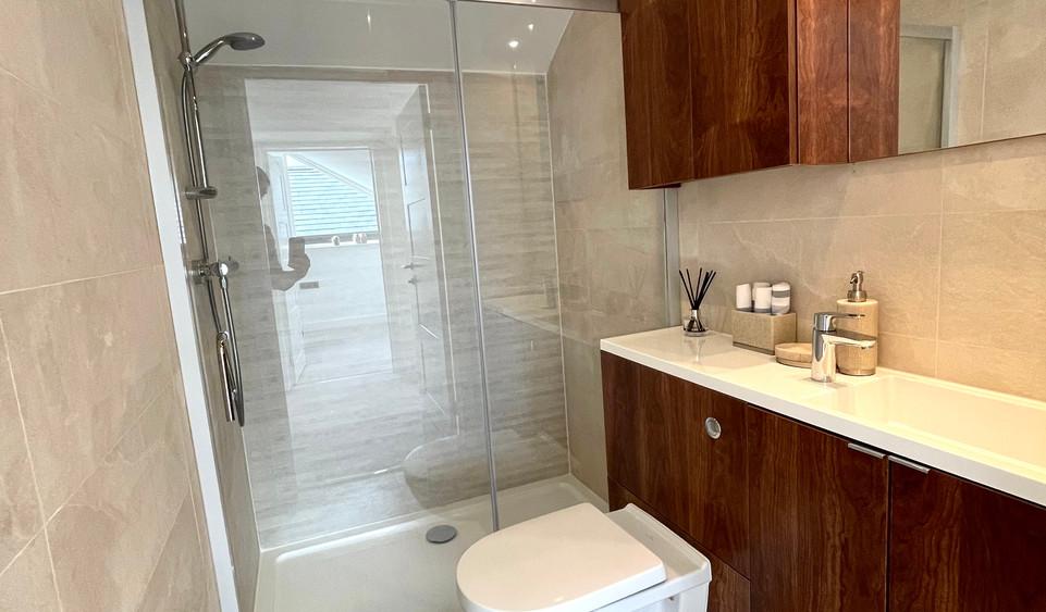 Villa 7 - Shower Room.jpeg