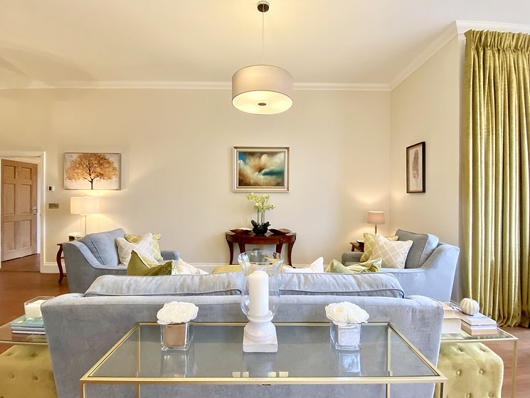 Apartment1_LivingArea_9-min.jpeg
