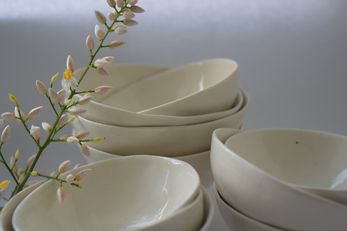 (WS) porcelain dipping bowls
