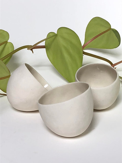 Matte porcelain spice/salt cellar