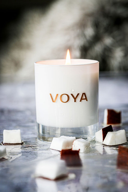 Voya African Lime & Clove candle