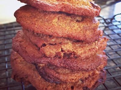 RECIPE: Almond and Raisin Cookies