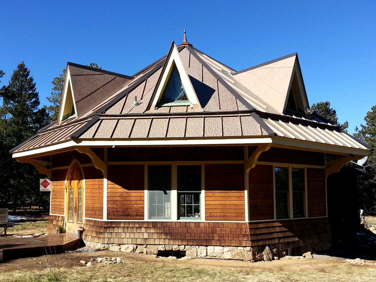Roofing Meta standing Seam Caboose House