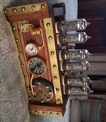 Steampunk nixie clock
