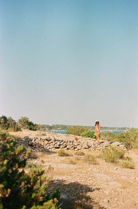 AdrianaLozano_Formentera19_35mm08010024.