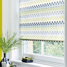 Light green and blue zig-zag patterned roller blind