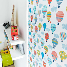 Hot air balloons patterned roller blind