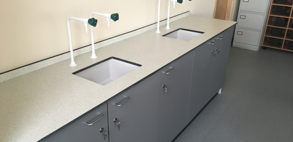 double service units in food technology room