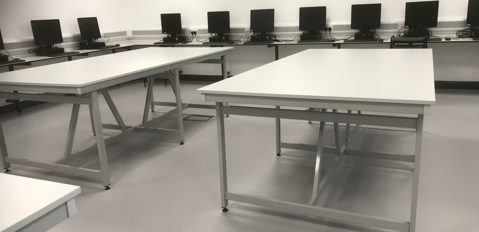 ICT room with fixed table
