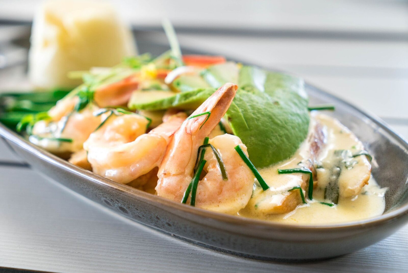 chicken and avocado with prawns.jpg