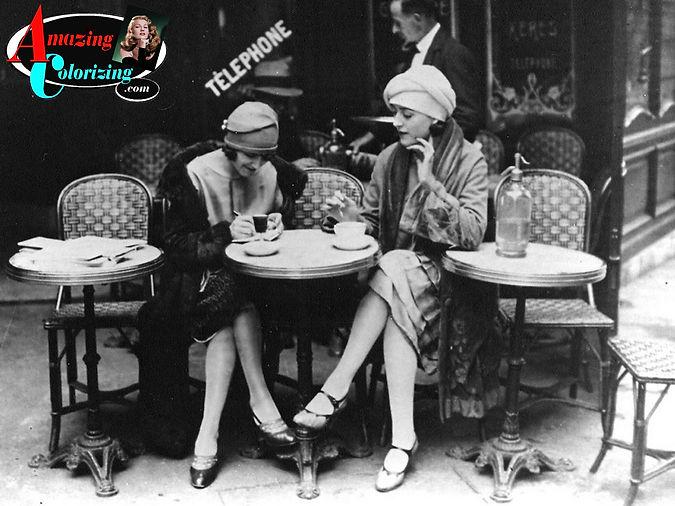 Amazing_Colorizing_Flappers_Paris_Cafe_B