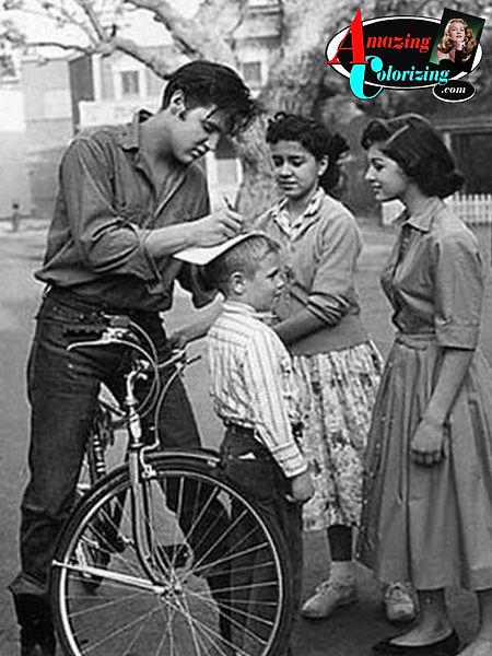 Amazing_Colorizing_Elvis_Presley_Paramou