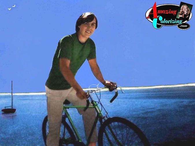 Amazing_Colorizing_David_Bicycle_Duxbury
