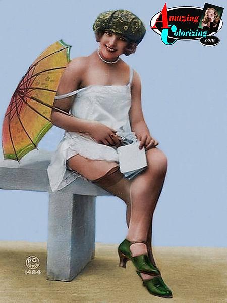 Amazing_Colorizing_Bathing_Beauty_CO_189