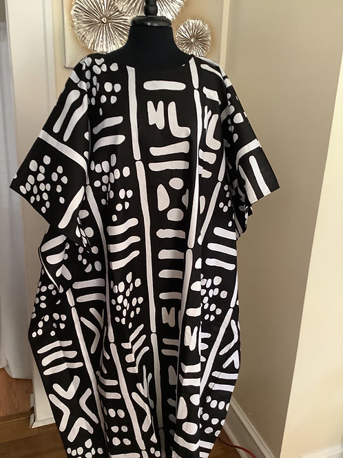 Black and White Abstract Print Caftan with Head Wrap