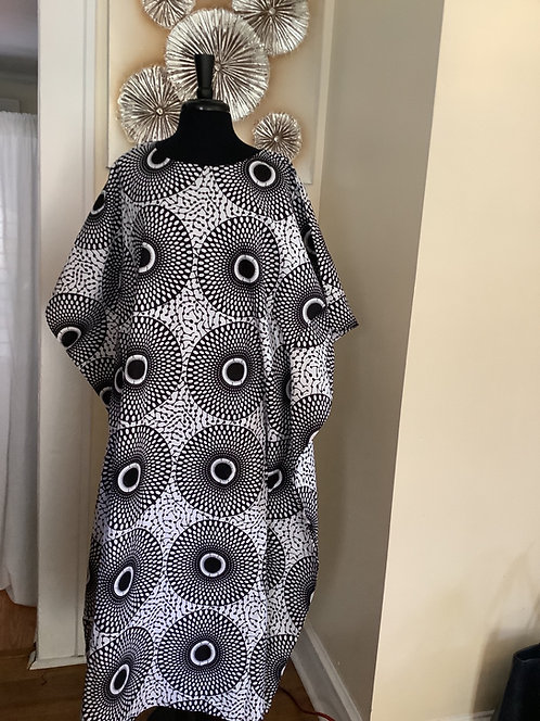 Black and White Circle Print Caftan with Head Wrap