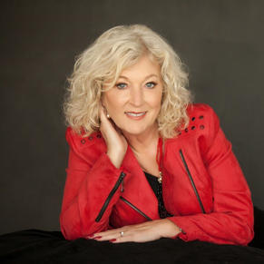 Linda Stevenson: Gaining Mentors and Becoming One