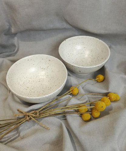 Speckled matt white breakfast bowl
