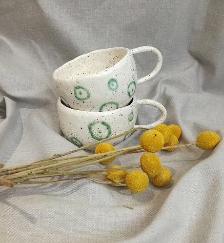 Speckled matt white cups