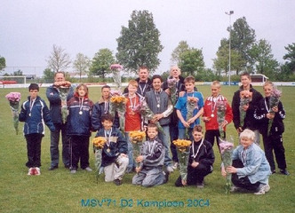 M.S.V.'71-D2 Seizoen 2003-2004 Kampioen