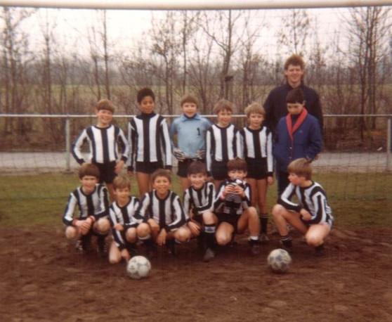 M.S.V.'71-E4 Seizoen 1983-1984